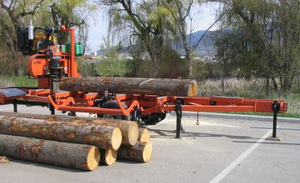 woodmizer-with-logs1